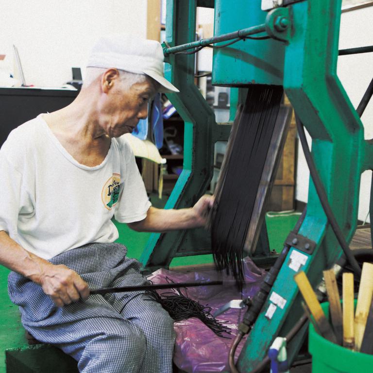 Fabrication artisanale d'encens japonais