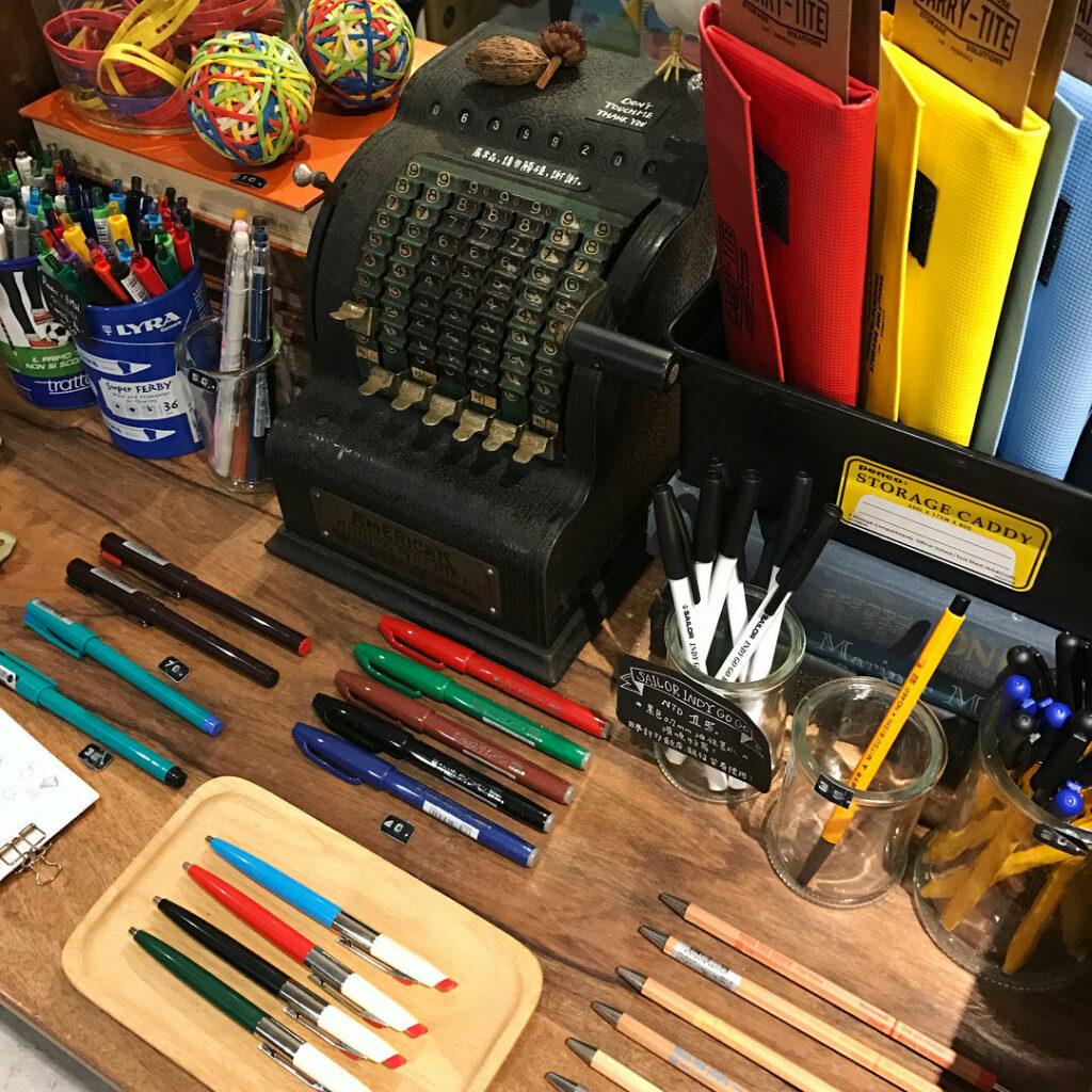 Machine à écrire dans la boutique tools to liveby de taipei